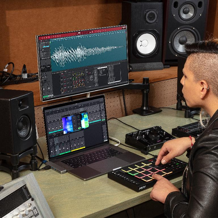 AKAI MPC Software in the Studio