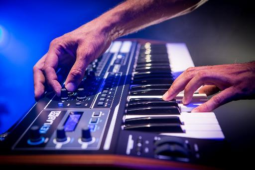 Arturia KeyLab 49 in action picture.