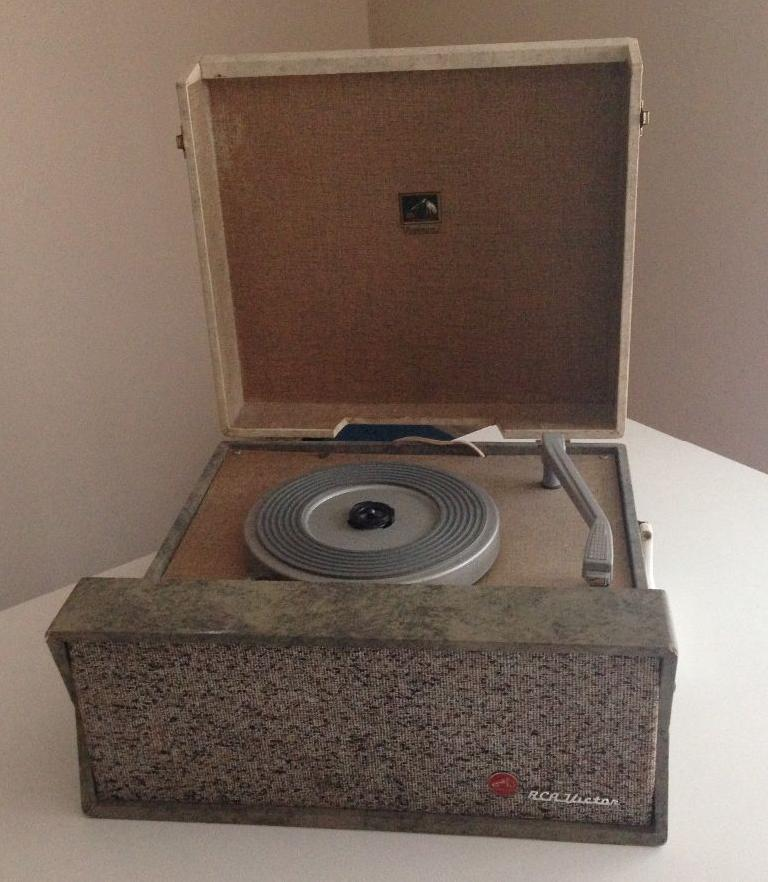 RCA turntable