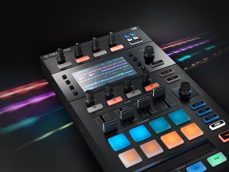 NI Stems on Traktor Kontrol D2