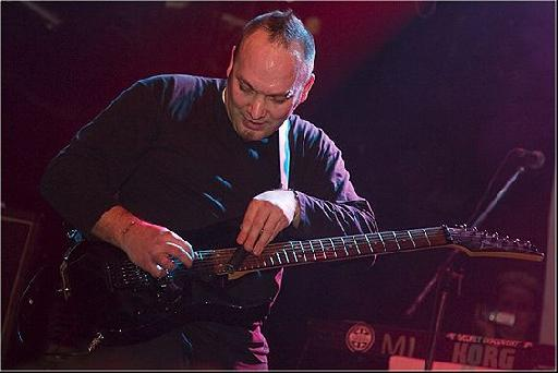 Dirk Ulrich playing live