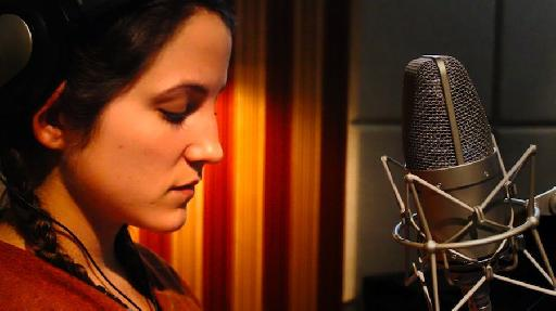 Lauren Balthrop @ Dubway Studios recording the first song for the new macProVideo.com Songraft series.