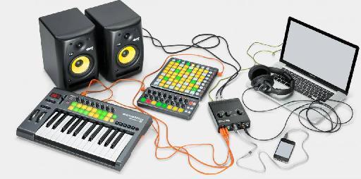 Novation Audiohub 2x4 in studio setup.