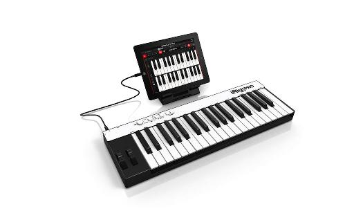 iPad connected to iRig Keys Pro