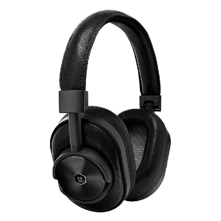 Master & Dynamic MW60 wireless over ear headphones.