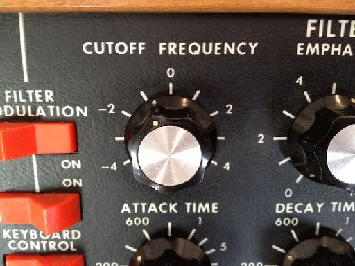 FIGURE 10: Filter Frequency control on the Minimoog.