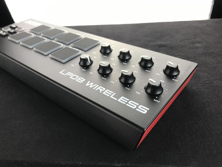 Akai LPD8 Wireless knobs