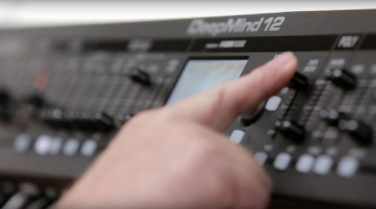 Adjusting DCOs on the Behringer DeepMind 12