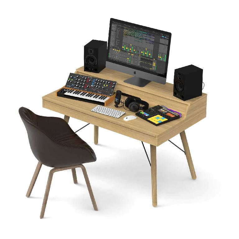 Glorious Vintage Workstation for producers (angle)