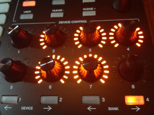 APC40 MKII Device knobs