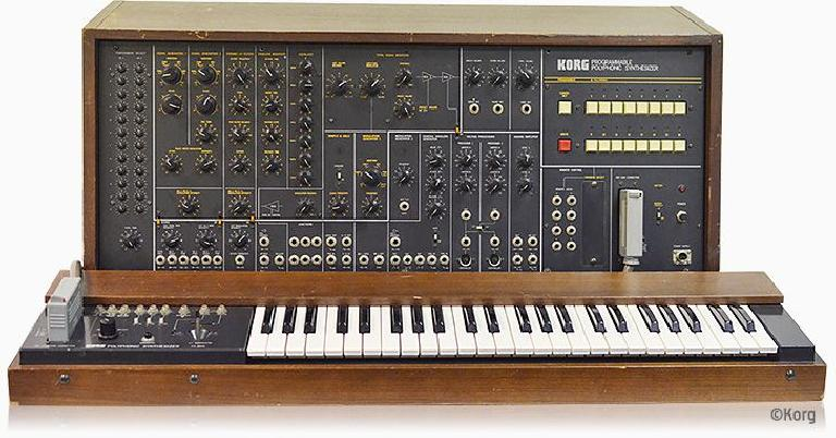 Korg 3200 programmable polyphonic synthesizer