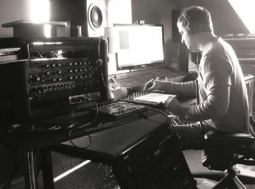 Jesse Terry using Push as the hub of his production studio.