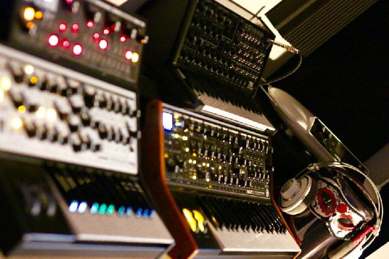 The Synths Used To Make Who's Creepin' - Spot The Creepin' Mac Pro!