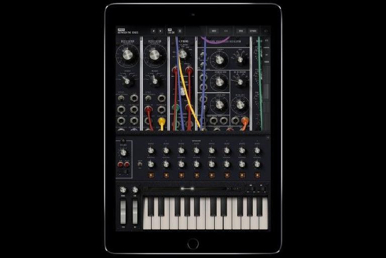 Moog Model 15 for iOS pic 1