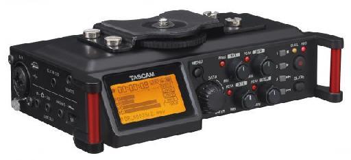 Tascam DR-70D.