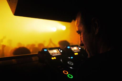 Sasha performing at Fabric. (Credit: Lindsay Barchan).