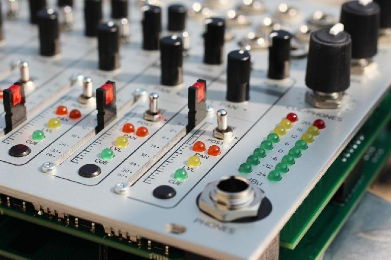 It's time for Eurorack performers to take control.
