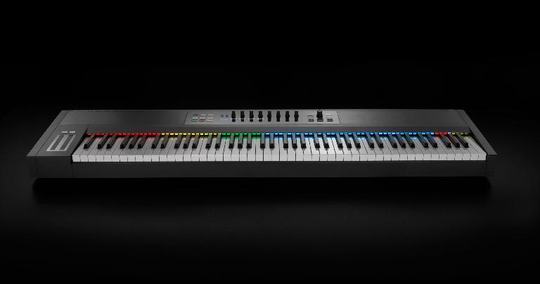 The Komplete Kontrol S88 is excellent to play.
