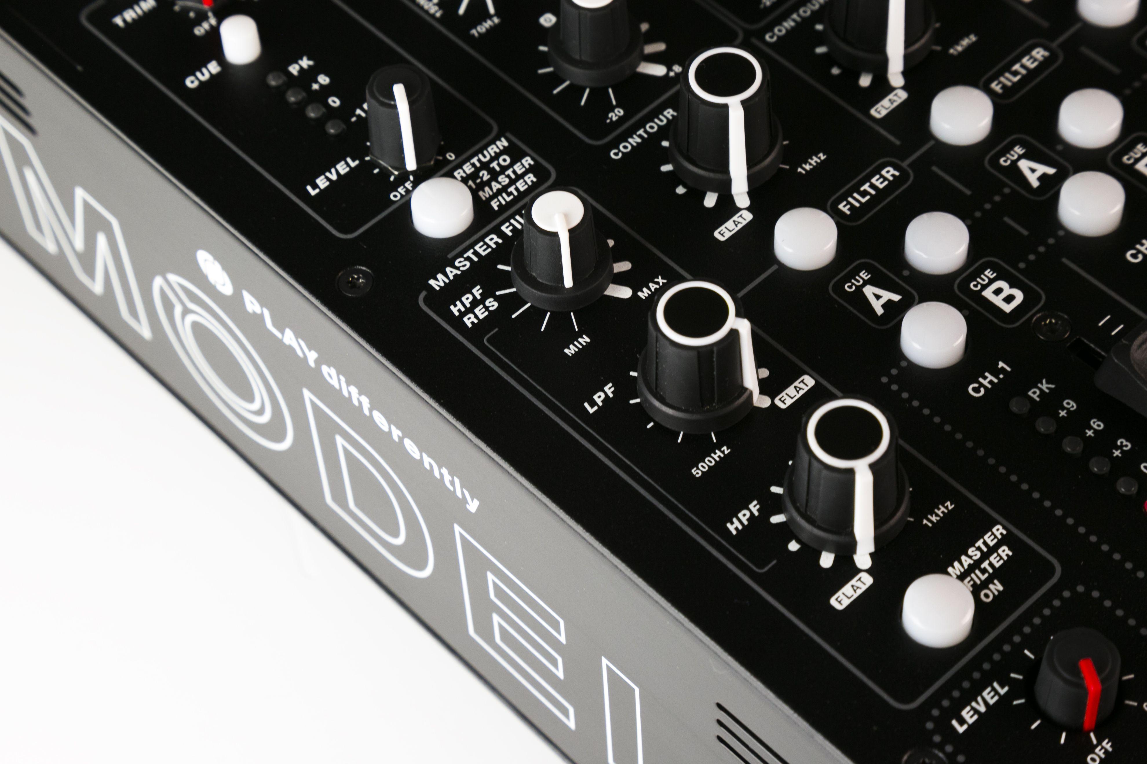 Review: MODEL 1 Mixer : Ask.Audio
