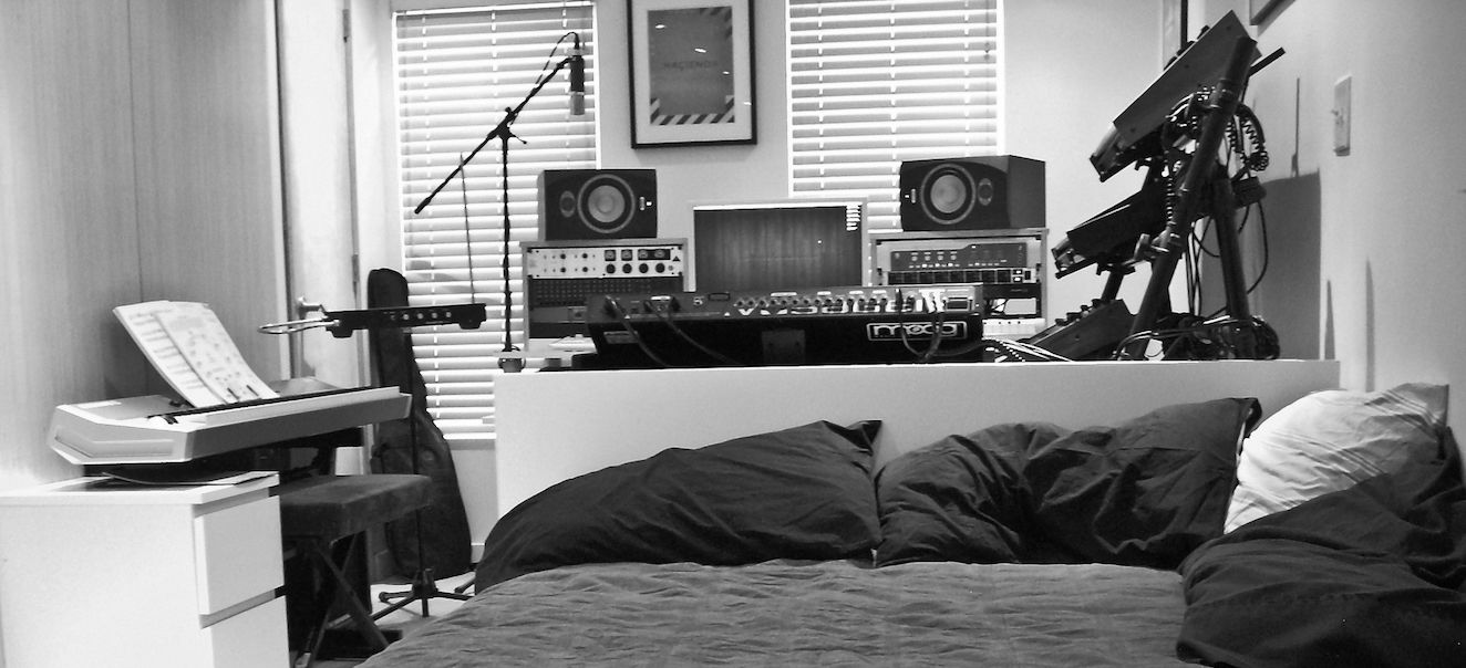 A Bedroom Producera S Guide To Tracking Guitars Ask Audio