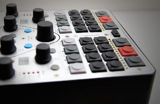 Versus DJ Controller pic 1