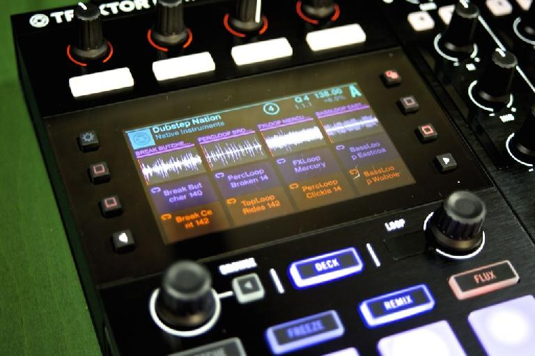 Although Stems is definitely my main focus, an advantage for Remix Deck users with the S5's hi-res displays is that you can read the name of samples before playing them which makes navigation a lot easier and quicker to carry out.