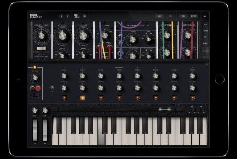 Moog Model 15 for iOS pic 2