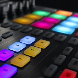 Review: Native Instruments Maschine MK2