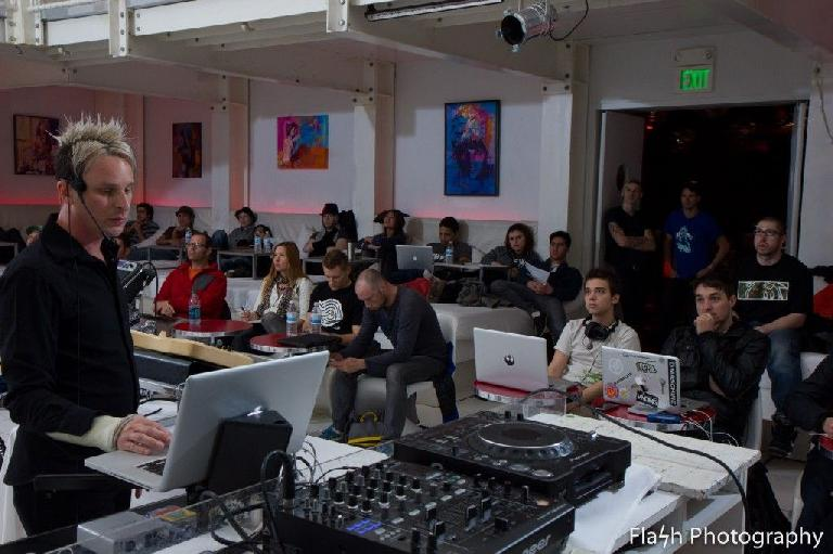 Timo Preece teaching Ableton Live in LA.