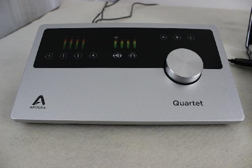 Quartet's OLED displays are perfect for quick visual feedback on your mix.