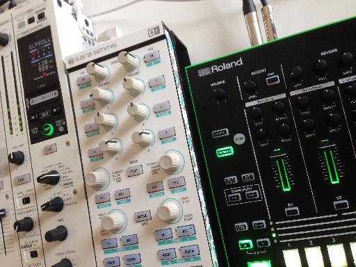 Roland TR-8 & Native Instruments Traktor